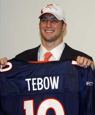 Tim-tebow-broncos-wear-1507